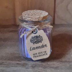 Lavendel-Soja-Kerze im Glas
