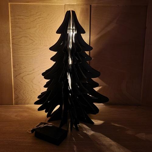 leuchtbaum aus Pappe/Papier