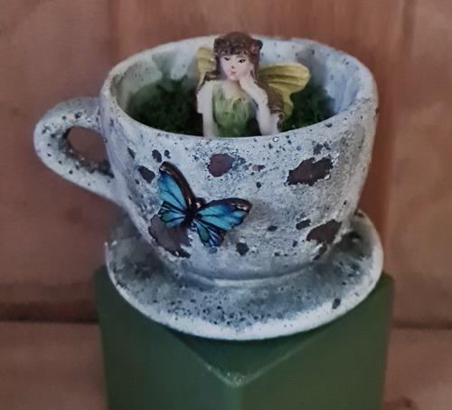 Tassen-elfe